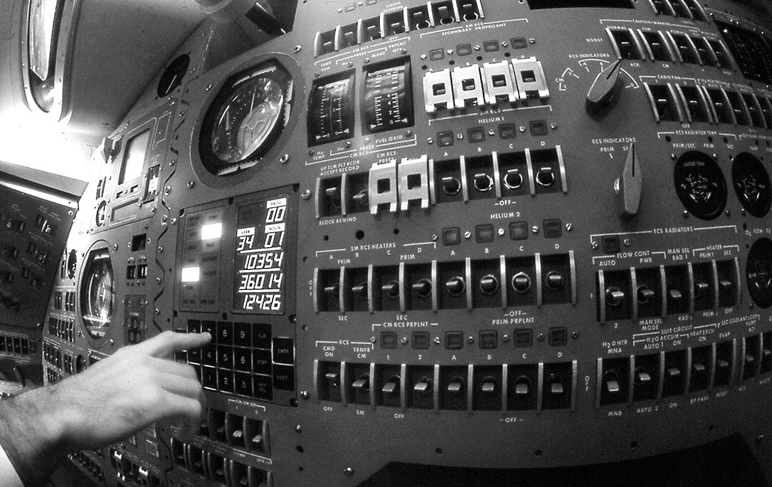 apollo space program computers - photo #1