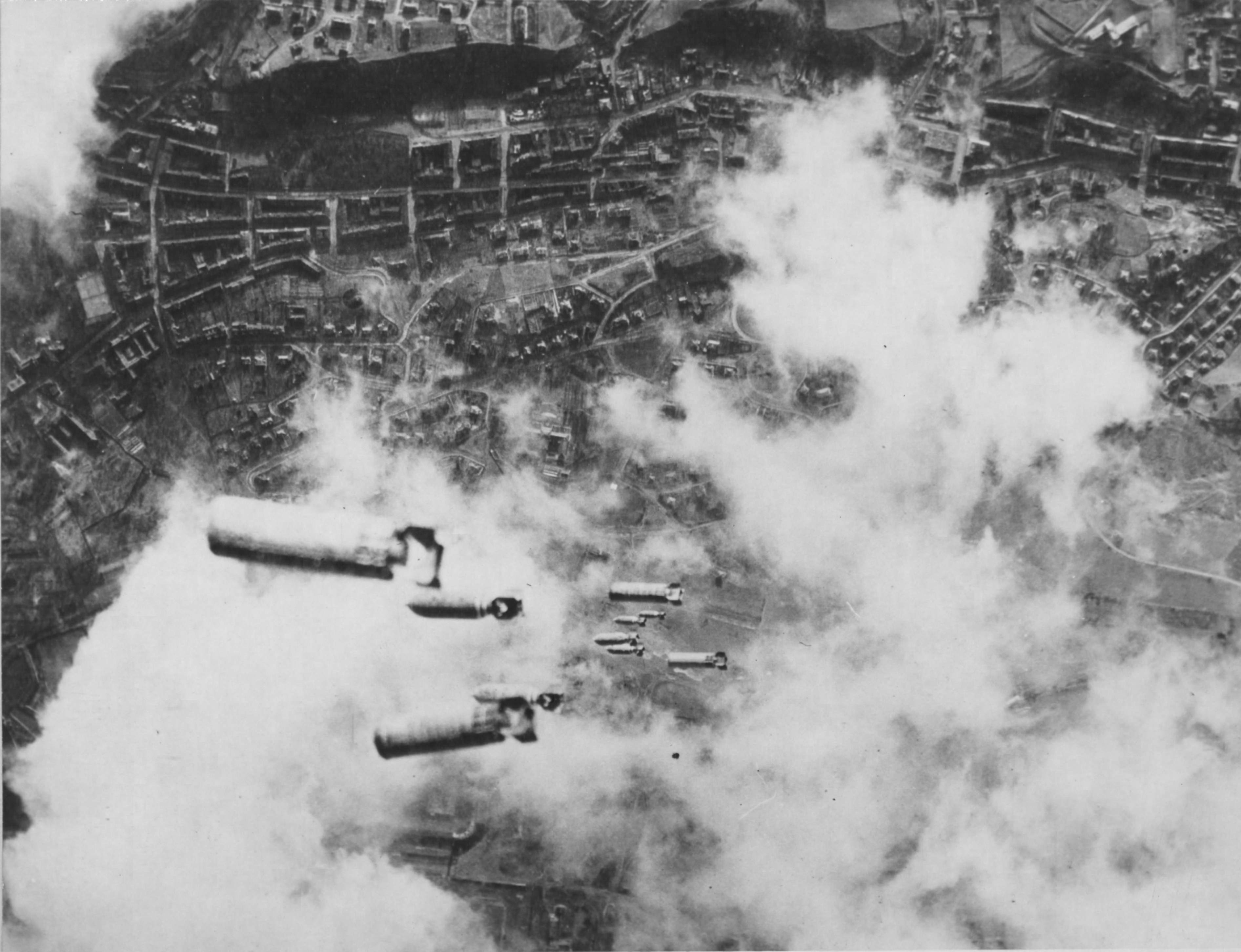 Bombs Fall On Dresden Time And Navigation